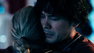The 100  Top 30 Bellamy and Clarke (Bellarke) scenesFirst I wanted to make a top 15 video, then top 20, and now after I watched the finale I had no other choice than to make a top 30 video of them. All Bellarke scenes are so good and I did not want to cut anyone out. I have not dicided yet, if I liked the way season 4 ended or not, I mean a lot can change in six years, all the characters could have changed and who knows what happned to Bellamy on the ark( I really hope he isnt togehter with Raven or Echo) But the fact that Clarke is still calling him every day with the radio, even though he never answer, gives me hope for Bellarke to finally happen in season 5. They will meet again, and the reunion will be epic !      Just try to imagine Bellamys face when he sees Clarke again after six years of believing that she was dead....However I hope you guys like this video, and feel free to use the comments to speculate about season 5 so we can survive this hiatus together.