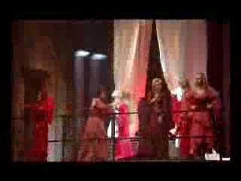 Tekst piosenki Romeo et Juliette - Tu dois te marier po polsku
