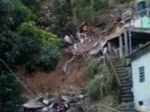 Chuva em Niterói-Comunidade da Grota em São Francisco Niterói