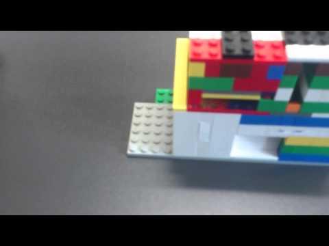 Praktischer Kasten zur Geldaufbewahrung aus Lego