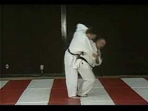 Tsurikomi Goshi (instruction)