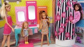 Video Barbie Chelsea Stacie New School Morning Routine - Packing lunchbox & Riding School Bus MP3, 3GP, MP4, WEBM, AVI, FLV Juni 2019