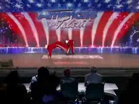 Брейк на шоу Америка ищет таланты