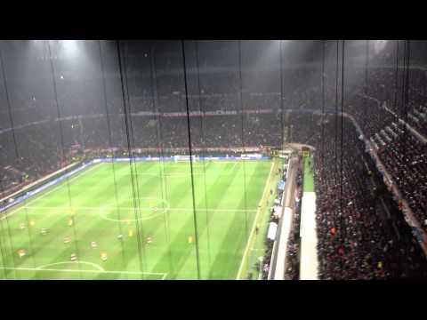 [HD] MILAN - BARCELLONA 2-0   20/02/2013 - Esultanza goal Muntari