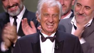 Video Standing ovation pour le géant Jean Paul Belmondo - César 2017 MP3, 3GP, MP4, WEBM, AVI, FLV Juli 2017
