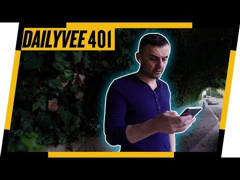 Running a $150 Million Dollar Business From a Phone | DailyVee 401