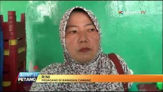 Tawuran antar dua kelompok warga yang terjadi di jalan Dewi Sartika, Cawang, Jakarta Timur. berimbas munculnya kerusakan. Sebanyak 7 warung dan sebuah kantor RW mengalami rusak parah.
