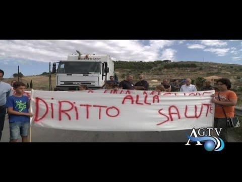 Protesta contro la discarica di contrada Matarana