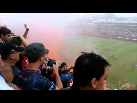 Hinchada sabalera ascenso 2014 - Los de Siempre - Colón