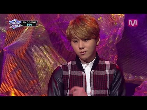 Junhyung - 2013년 12월 19일 목요일 용준형_Flower Flower by Yong Junhyung@Mcountdown 2013.12.19 Mnet Mcountdown airs every Thursday 6pm(KST) Enjoy live-streaming on http://www.mn...