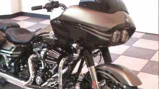 9. 2013 Screamin' Eagle CVO Road Glide Custom (FLTRXSE2) Harley-Davidson