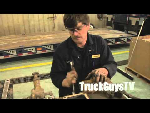"""Building the Retroliner"" - Episode 3 - A TruckGuysTV eLearning Exclusive:  The Engine Tear Down."