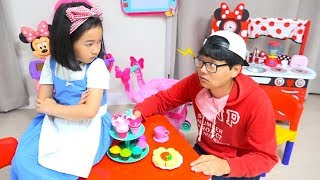 Video 보람이와 코난의 똘똘이 장난감 요리놀이 Minnie mouse cafe Toys download in MP3, 3GP, MP4, WEBM, AVI, FLV January 2017