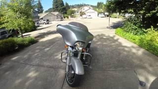8. 2010 Harley Davidson Street Glide with Screamin' Eagle 110ci Stage II kit