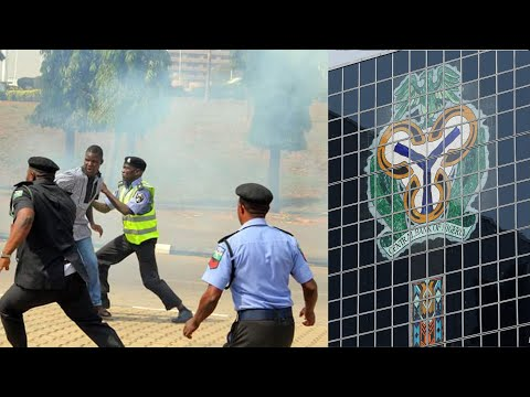 ABUJA PROTESTER'S OCCUPIED CENTRAL BANK OF NIGERIA FOR PEACEFUL RALLY AS POLICE CHASE THEM ALL