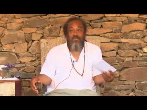 Mooji Video: Who Is the One That Is Seeing the Witness?