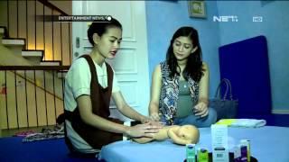 Video Maria Sabta Lakukan Baby Massage MP3, 3GP, MP4, WEBM, AVI, FLV Oktober 2017