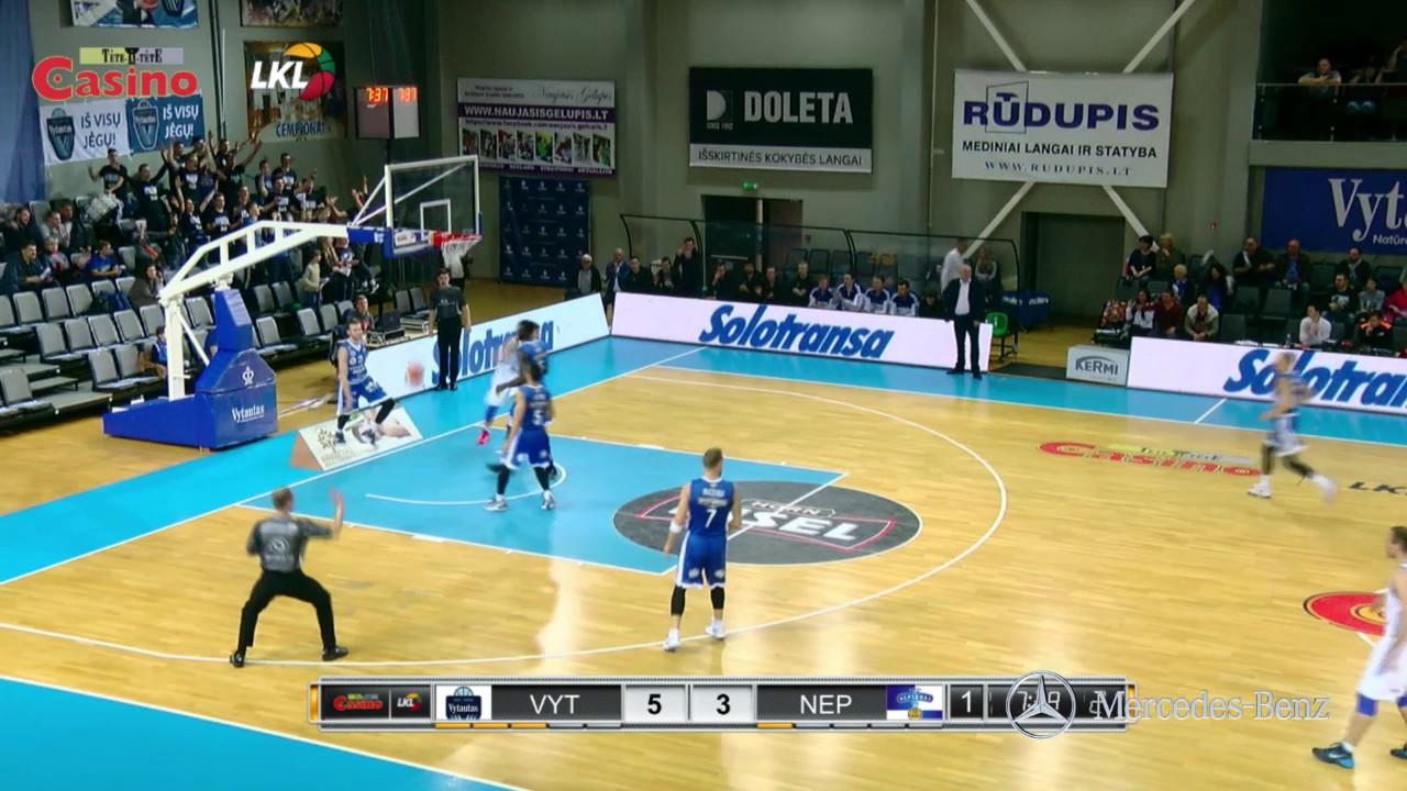 """Rungtynių momentas: R. Miniotas baudžia """"Neptūną"""" greitąja ataka"""