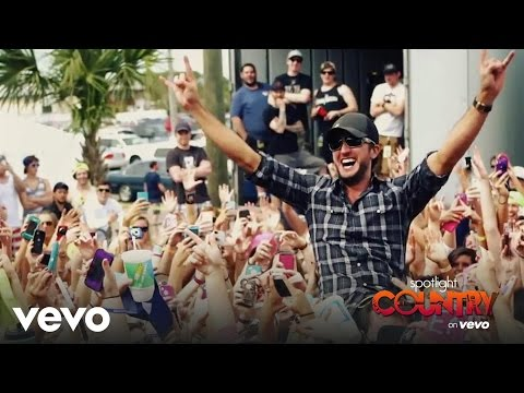 "Spotlight Country – Luke Bryan Says ""Sayonara"" to Spring Break (Spotlight Country)"