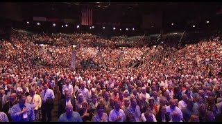 Download Lagu The Star-Spangled Banner sung by 7,000 people inside MGM Grand Garden Arena Mp3