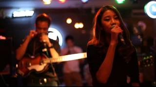 Video Part Time Musicians - ภาวิณี (electric.neon.lamp Cover) live at Get out from encircle MP3, 3GP, MP4, WEBM, AVI, FLV Januari 2018
