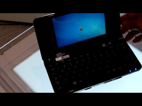Fujitsu Lifebook UH900 Smallest Multi-touch Handheld PC Hands-on (Part 1)