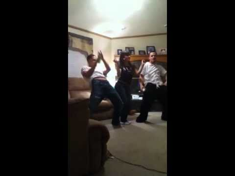 Weirdos Dancing On Wii