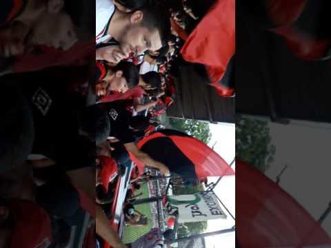 Hinchada de Defensores de Belgrano contra Excursionistas - La Barra del Dragón - Defensores de Belgrano