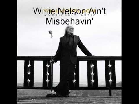 Tekst piosenki Willie Nelson - Ain't misbehavin' po polsku