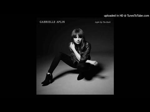 Tekst piosenki Gabrielle Aplin - Don't Break Your Heart On Me po polsku
