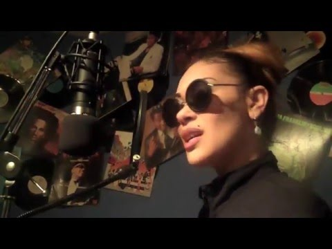 "Keke Wyatt Covers ""I'm Goin Down"" By: Mary J Blige"