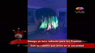 Omega ya luce radiante para los Premios Soberano con su cabello que brilla en la oscuridad