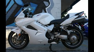 4. 2006 Honda VFR800 Interceptor ... V-4 Sport Touring Motorcycle