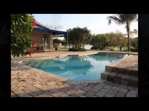 Lake House with Pool on Cul-de-sac for sale in Kendale Lakes, Miami, FL