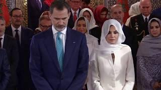 SS.MM. los Reyes visitan el Mausoleo de Rabat