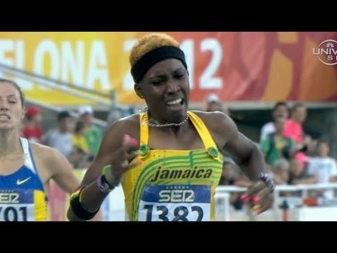 Janieve Russell wins junior 400m hurdles - Universal Sports