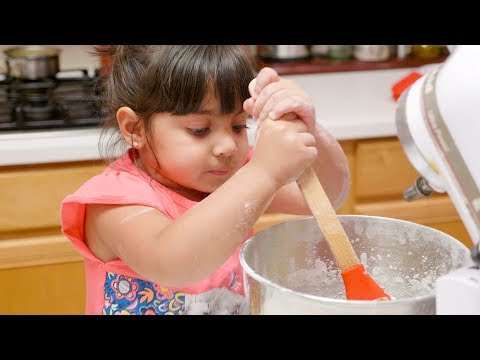 Kids Cooking Friendly And Fun Chocolate Chip Cookies Recipe - ZMTW