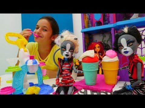 Play doh - Play-Doh oyunu. Purrsephone ve Meowlodye dondurmayı paylaşamıyorlar.