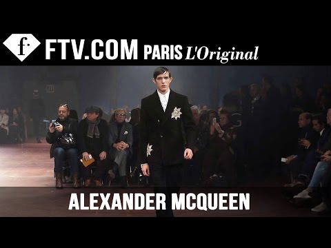 Fashion TV - http://www.FashionTV.com/videos LONDON - Watch the Alexander McQueen Fall/Winter 2015 menswear collection come down the runway at London Collections: Men. FashionTV kicks off men's ...