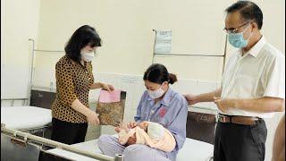 Lãnh đạo tỉnh, thành phố thăm, tặng quà các bệnh nhi đang điều trị tại Bệnh viện Việt Nam - Thụy Điển Uông Bí