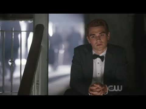 Riverdale 3x01 (Varchie) V and A talks. Fred punches Hiram.