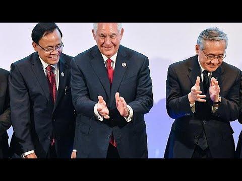 Σε κλοιό διπλωματικών πιέσεων η Βόρεια Κορέα