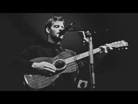 Roo Panes - Shelter From The Storm ( Bob Dylan Cover )