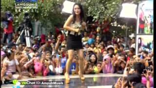 Video SITI BADRIAH Live At 100% Ampuh (16-04-2013) Courtesy GLOBAL TV MP3, 3GP, MP4, WEBM, AVI, FLV Agustus 2018