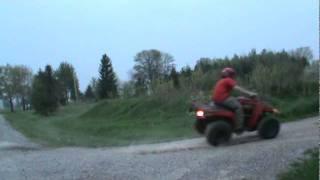 10. 2004 yamaha bear tracker fun drift!