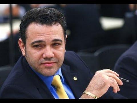 Marco Feliciano deixa Amaury Jr. sem resposta