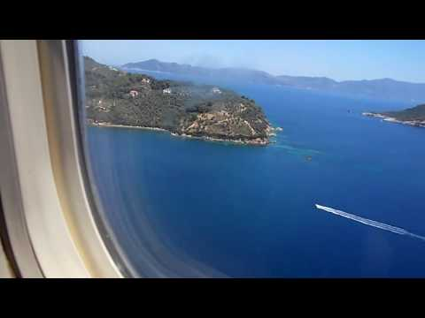 Approach and  scary landing at Skiathos Airport thomas cook tcx 1142 G-FCLK