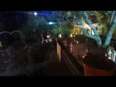 Πυροφλάς-strobe είσοδος στο Roof Garden Έπακρον