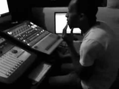 MY D STUDIO SESSION WITH YUNG EEZY AND POSLY TD (directed by Lasgidi Bully)