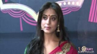 Mahie Gill Seductive Bhabhi Avatar